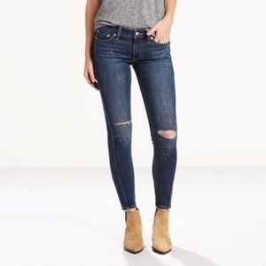 Levi's 711 Twisted Seam Skinny Jeans in Indigo